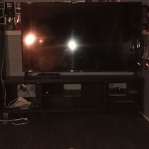 Smart TV size of TV is 75